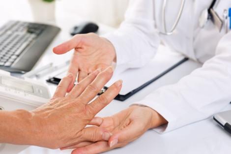 Duimbasisartrose: niet-chirurgische behandelingen effectief