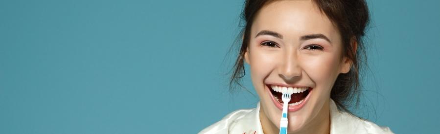 Een jaarlijks bezoekje aan de tandarts is een must voor een gezonde mond