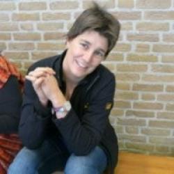 Drs. H. Vrij-Mazee, arts en docent aan Academie Gezondheidszorg