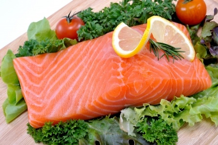Zalm is een belangrijke bron voor een salmonellabesmetting.