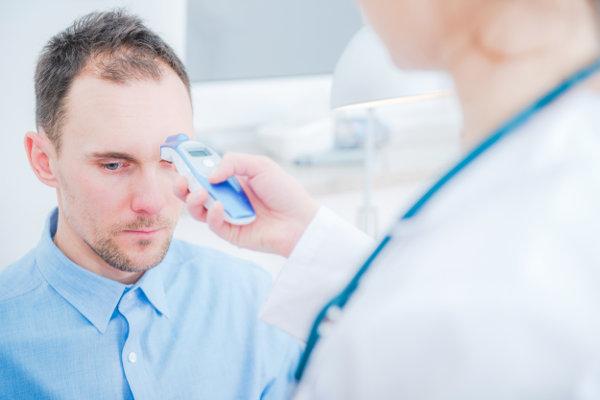 Voorhoofdthermometer Of Infraroodthermometer Dossier Wanneer Heb